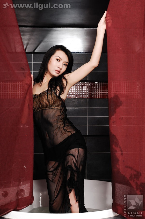 [Ligui丽柜]2009.07.27 尤丽之美轮美奂玉足诱人! Model 尤丽[53P/27.7M]